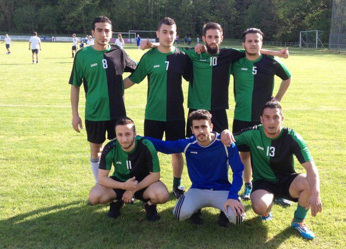 Fußball verbindet: Flüchtlinge kicken mit bei der Sportwoche des FV Markgröningen