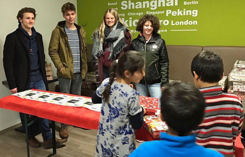 Aktion Weihnachten im Schuhkarton: Schüler beschenken Markgröninger Flüchtlingskinder
